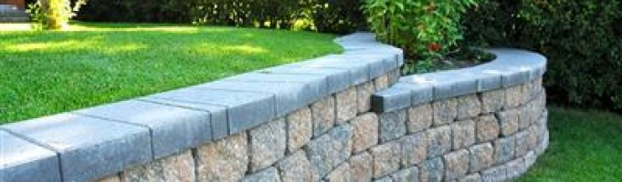 Winter Retaining Wall Care: Landscape Design in Calgary
