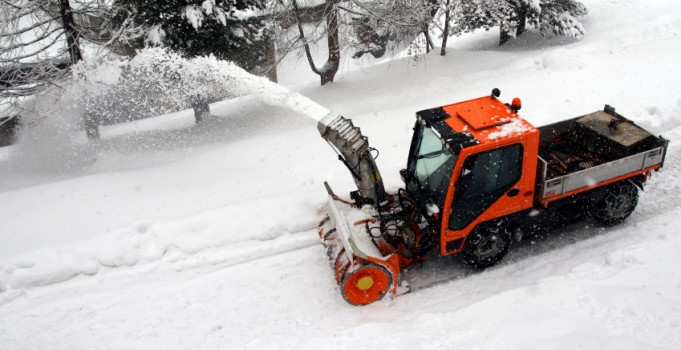 Five Reasons to Choose Mirage for Calgary Commercial Snow Removal